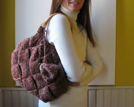 Bag Knitted in Tweed Red and Brown Blend Wool with Rattan Handles