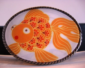 Gold Fish Belt Buckle - Goldy - Oval Wearable Art