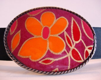 Jada Belt Buckle - Neon Daisy - Oval Wearable Art