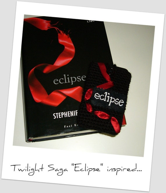 Twilight saga inspired - Eclipse - crochet iphone/ipod touch cozy