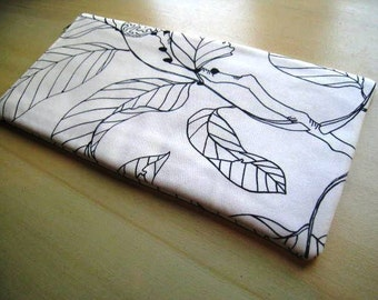 LEAVES ON WHITE - Apple or Samsung Wireless Keyboard Sleeve - Padded and Zipper Closure