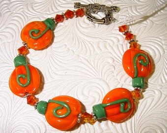 Pumpkins Lampwork and Swarovski Crystal Bracelet Get your Pumpkins ON