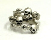 Simple Skull Ring wedding band