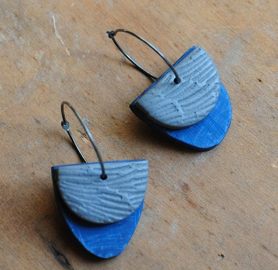 Lake Dangle earring