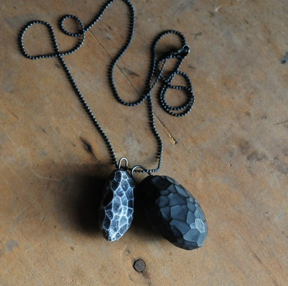 Black and White Carved Fragment Necklace