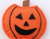 Halloween FALL boutique felt pumpkin clippie ORANGE