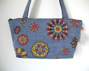 Shoulder bag, Chambray Cotton, Purse with Retro Floral Print, one of a kind
