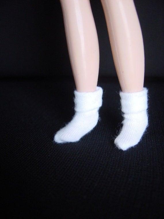 White, Cuffed, Ankle-Length Bobby Socks for Blythe - Handmade, 5 pairs