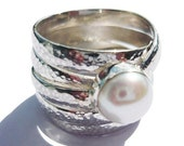 Silver Ring Woman Sterling Silver White Pearl Hammer Finish Band Rings