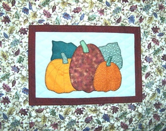 Autumn Pumpkins Wall Quilt