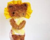 Cute plush lion toy handmade by Strawberrykitten