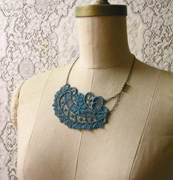 arianna necklace (teal)