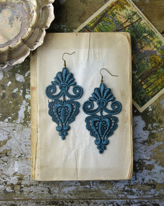 lace earrings -LEILA- deep teal
