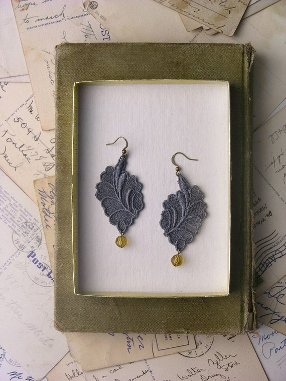 lacy leaf earrings (dusky grey with amber bead)