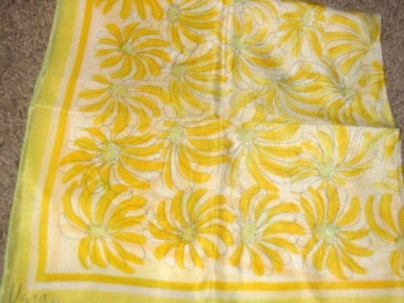 Vintage MOD Vera Yellow and White Daisy Floral Semi-Sheer Scarf