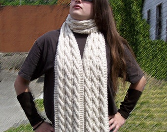 Amanda's Cabled Scarf Knit Pattern