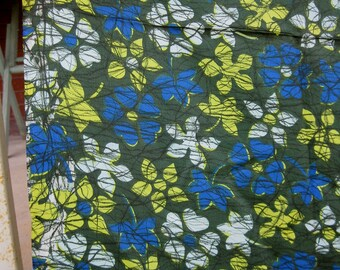vintage fabric - 2 1/2 Yds - 60s - Silky Floral Acetate PInwheel Flowers