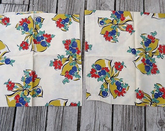 vintage 40s fabric pillow slips - best bows and flowers - set of two - lot B