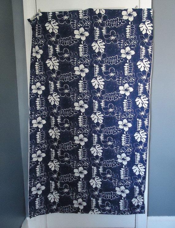 vintage fabric - navy and white tropical print - hawaiian fabric