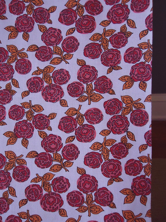 vintage 50s fabric - little red roses on soft pink background - 36w x 2 yards