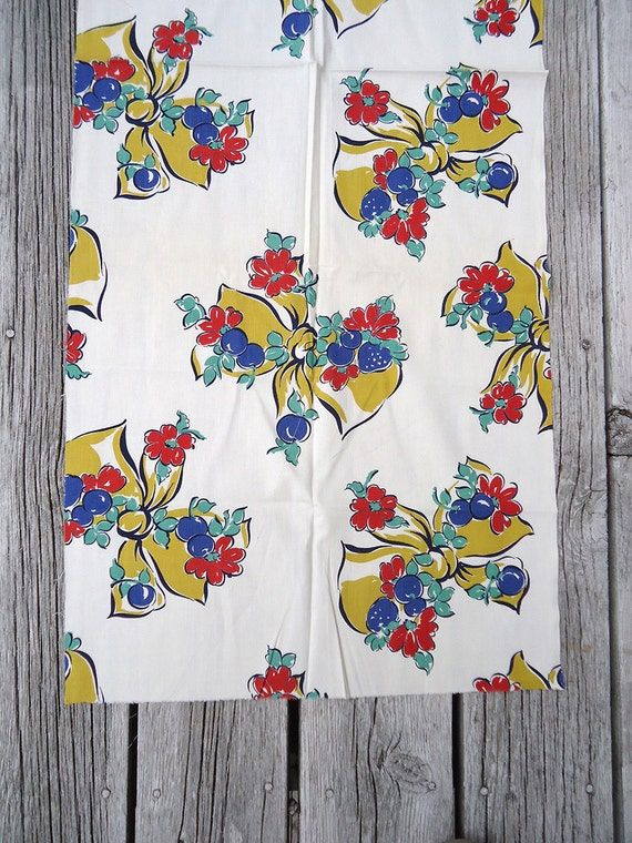 adorable 40s vintage fabric - two pieces - cutest bows and flowers - lot A