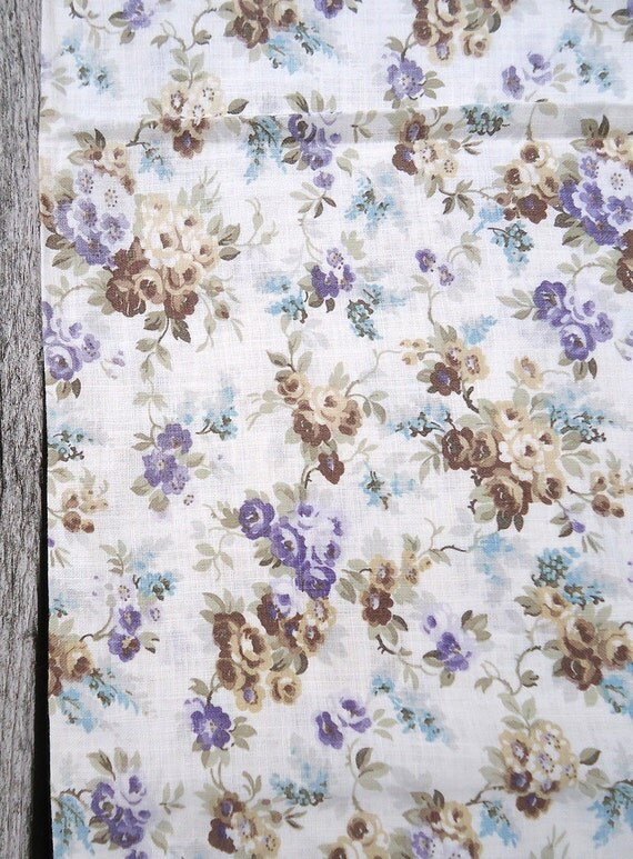 vintage unopened FEEDSACK fabric - 40s dainty floral - all cotton quilting fabric