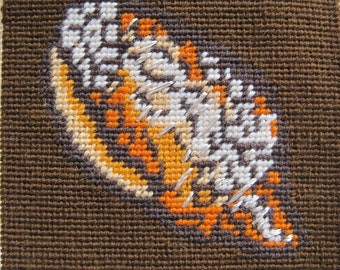 Vintage Needlepoint Seashell Sea Shell Beach House Nautical Brwon Coral Spice