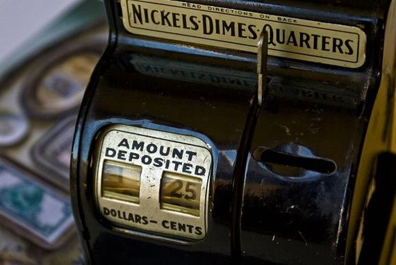 Antique Kids Coin Bank - Automatic Calculations