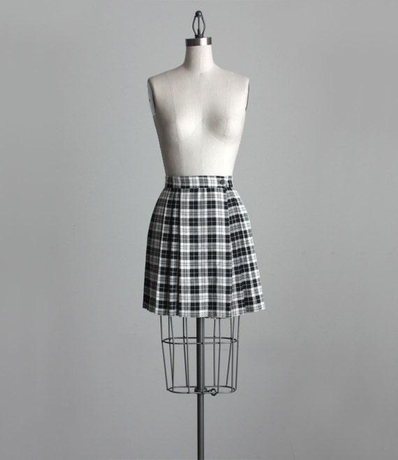 BLACK PLAID SKIRT 1990s Vintage Pleated Black And White Plaid Full Mini Skirt