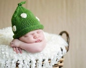 Knit Baby Pixie Hat, This Hat Made it to the Front Page, Polka Dots, Green, Baby, Christmas, Fall