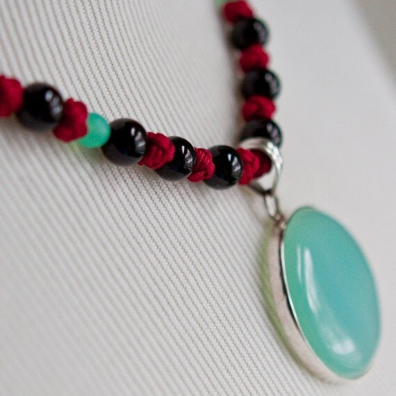 A Circle Ocean Necklace