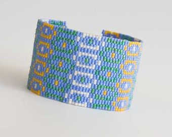 Geometric Peyote Cuff Bracelet in Light Blue, Green, Yellow and White. Bright Colors Beaded Bracelet with Square Mother of Pearl Clasp S257