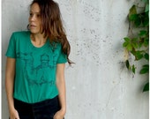 SALE - womens t shirt - SMALL - emerald green - urban camel screenprint on American Apparel fashion tees - The Deserter