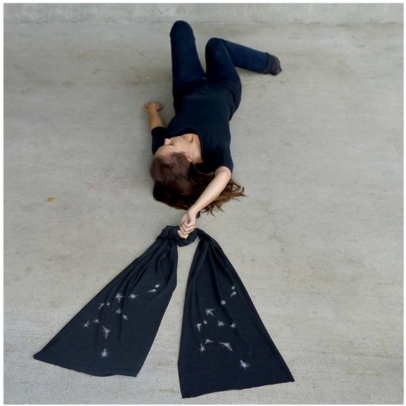Aquarius jersey scarf. Men or women. Aquarius constellation on heather black. Zodiac gift by Blackbird Tees