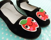 Happy Apple Mary Jane Shoes - size 5
