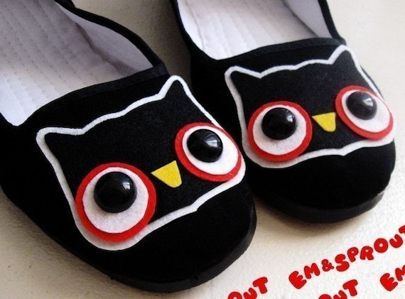 Cute Owl Mary Jane Shoes - size 8