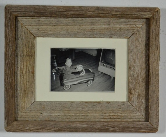 5x7 barnwood  frame  with off white mat with 3x5 photo.