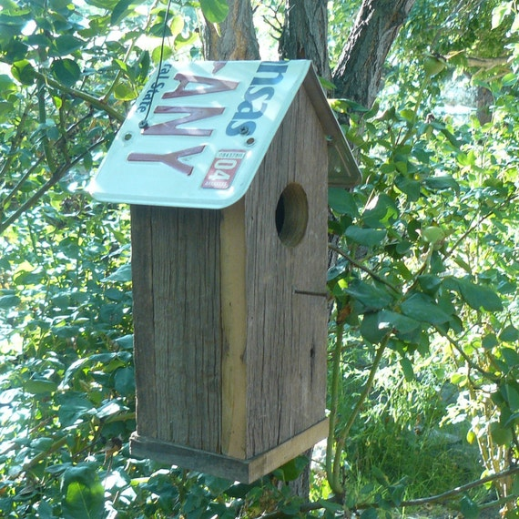 Arkansas rustic barnwood birdhouse, recycled license plate roof