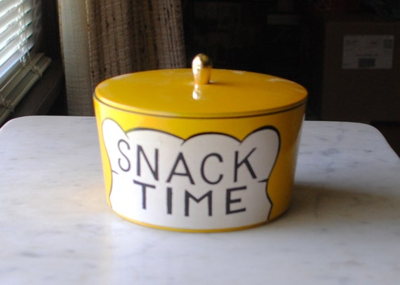 """RARE...Four Yellow """"Snack Time"""" Nesting Bowls/Canisters...Stack Into An Adorable Chef."""