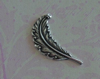 Small Silver Feather Finding 2124