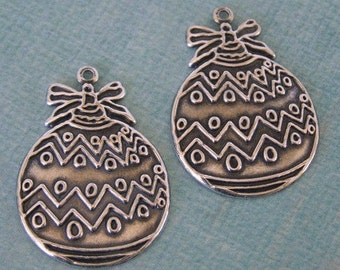 2 Silver Ornament Charms 951