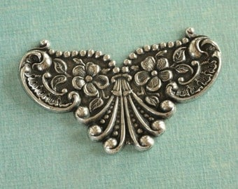 Ornate Silver Finding 2284