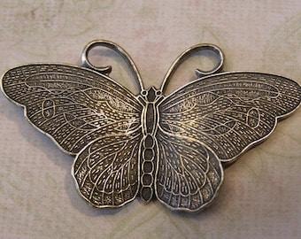 Medium Silver Butterfly Finding 302M