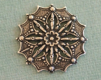Ornate Silver Filigree Finding 2517