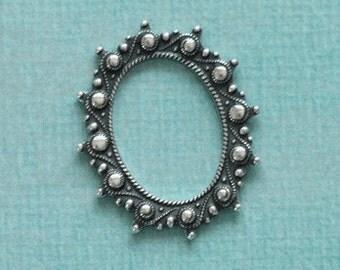 Oval Silver Frame 2539