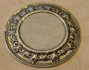 Large Round Ornate Finding 371