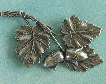 Silver Leaf and Acorn Finding 2687