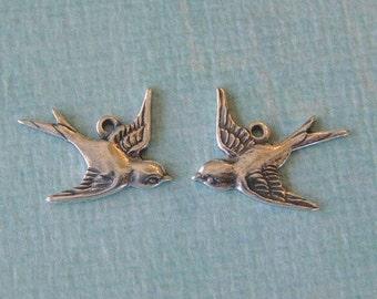 2 Silver Bird Charms 691