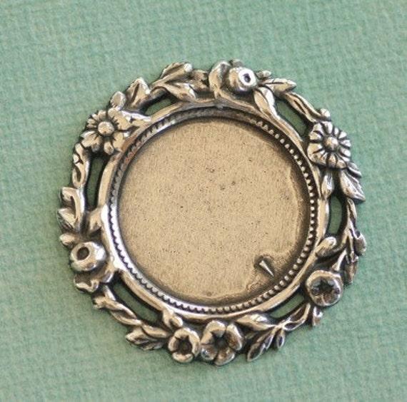 Silver Floral Frame Bezel 2513