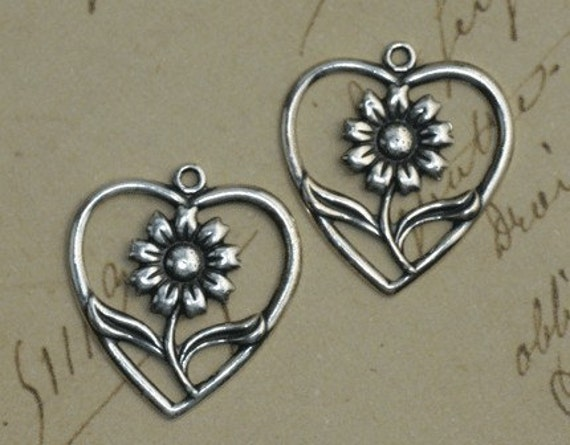 2 Flower Heart Charms 1370